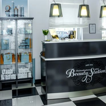 Salons Beauty Station 1